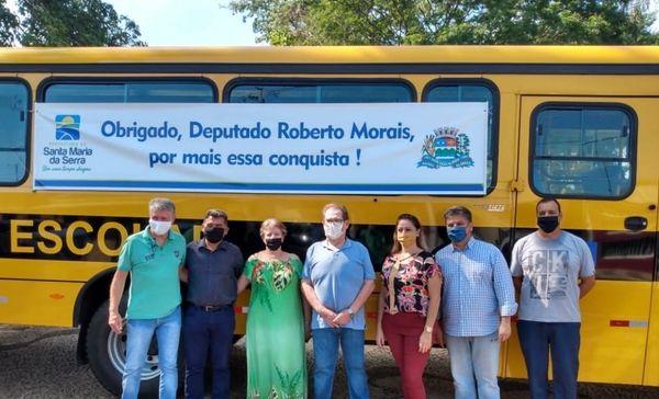 Deputado estadual Roberto Morais conquista ônibus 0 Km para Santa Maria da Serra